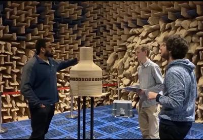 Cylindrical speaker array