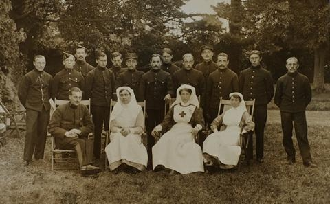 Soldiers & staff at Allington Manor