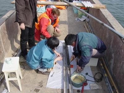 Yangtze lake sediment sampling