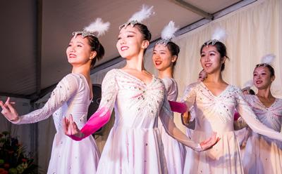 Dancers from the Xiamen Troupe