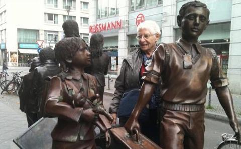 Kindertransport sculpture in Berlin
