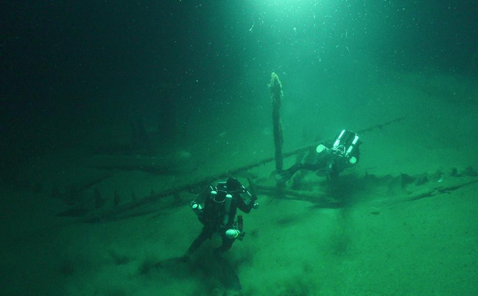 Diving on Byzantine merchant ship.