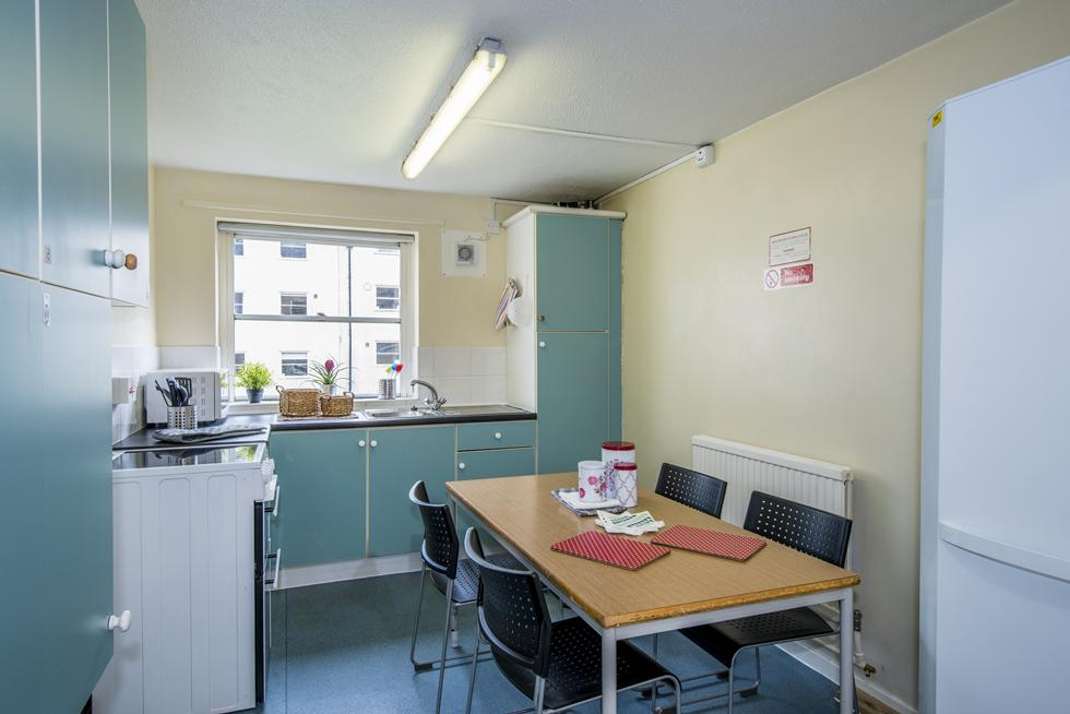 Bencraft non en-suite rooms have shared kitchen facilities