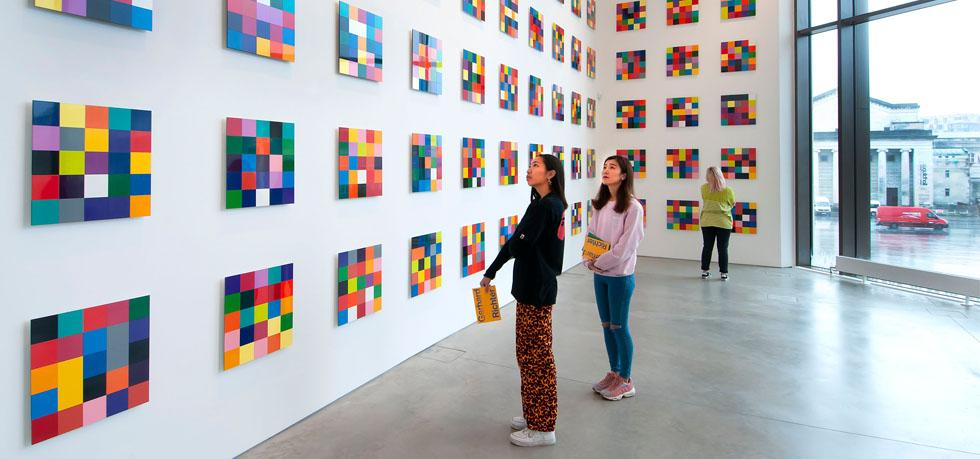 People looking at Gerhard Richter, 4900 Colours (2007)