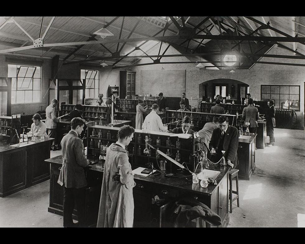 Laboratories: Laboratory work, 1920s