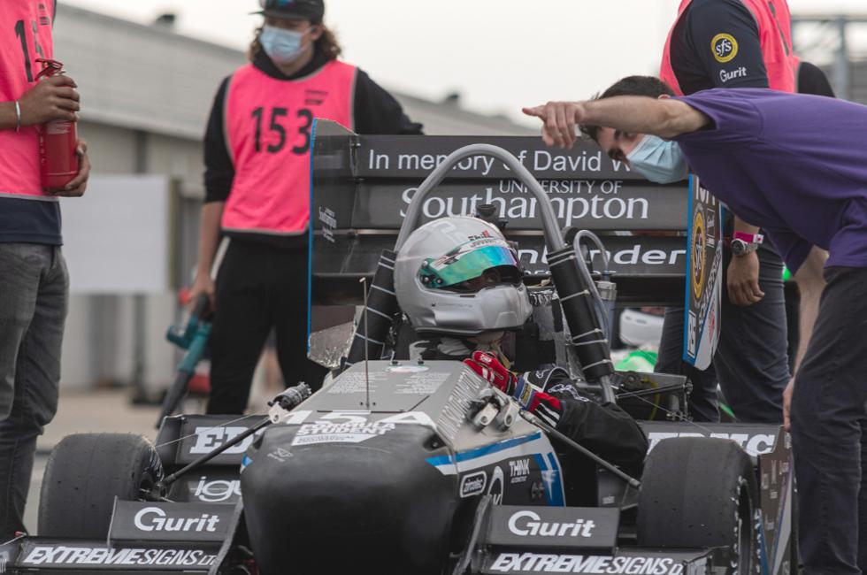 Stag 6B race car