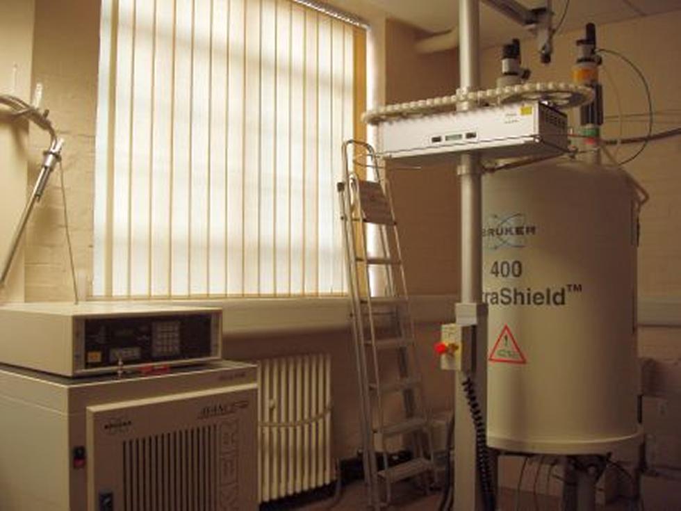 AVII400 FT-NMR Spectrometer