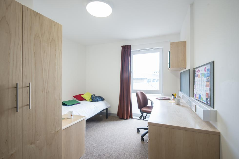 An example of an en suite bedroom