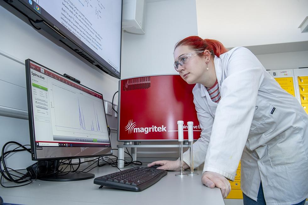 Analysing data from the NMR spectrometer