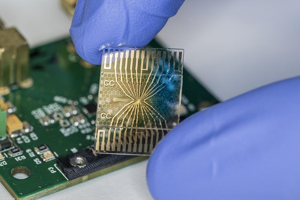 Lab on Chip, Dr Dan Spencer, Centre for Hybrid Biodevices