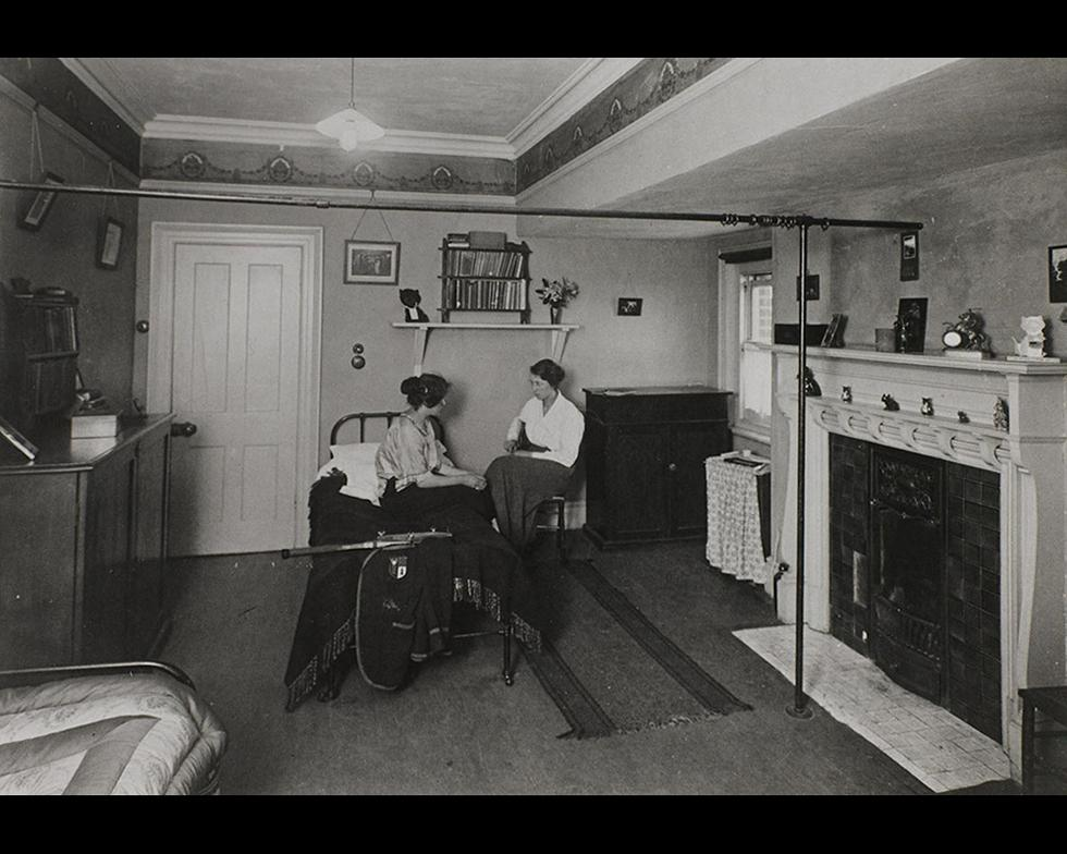 Student accommodation: Highfield Hall room, 1920s