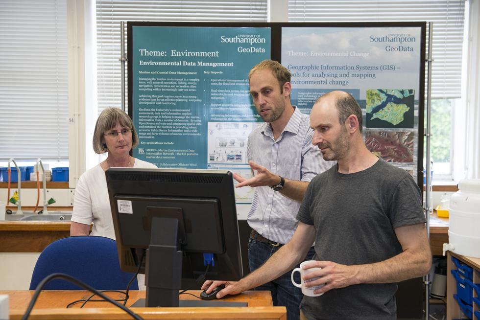 Lab demonstration of GeoData research with Jason Sadler