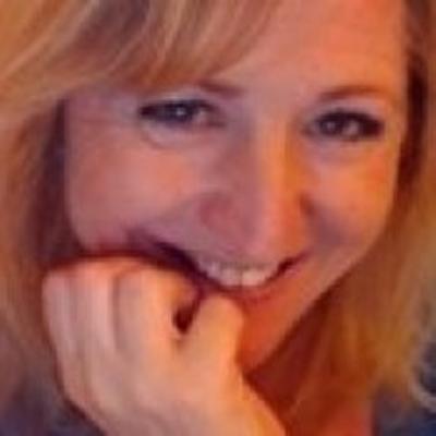 Mrs Fiona  Harvey's photo