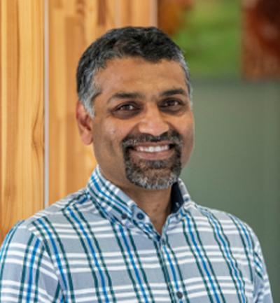 Professor Sumeet Mahajan's photo