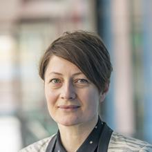 Thumbnail photo of Dr Sarah Lewthwaite