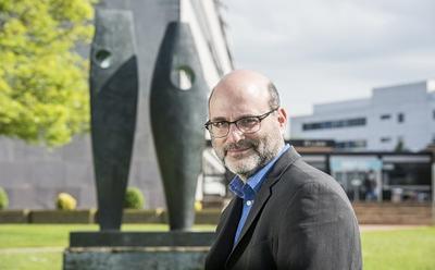 Dr Thomas Irvine's photo