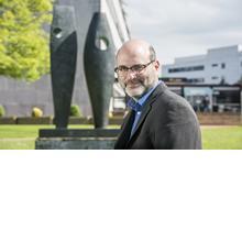 Thumbnail photo of Dr Thomas Irvine