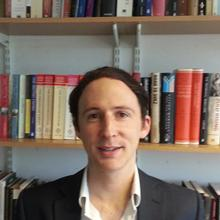 Thumbnail photo of Dr Christopher Prior