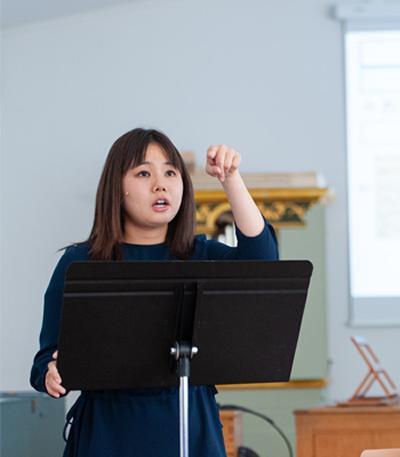Ms Kaho Inoue's photo
