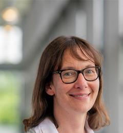 Dr Sally J Wheelwright