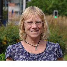 Thumbnail photo of Professor Lucy Yardley