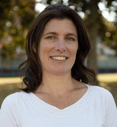 Mrs Bobbi Moore
