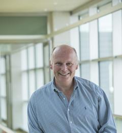 Dr Julian Pearce