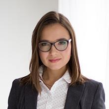 Thumbnail photo of Dr Larisa Yarovaya