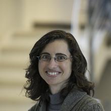 Thumbnail photo of Dr Nuria Garcia-Araez