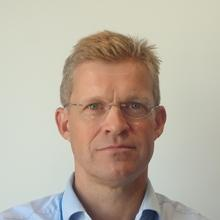 Thumbnail photo of Professor Paul Elkington