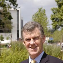 Thumbnail photo of Professor Philip Nelson