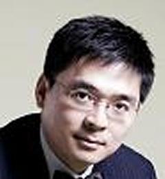 Professor Xun Huang