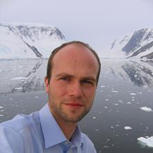 Thumbnail photo of Dr Sven Thatje