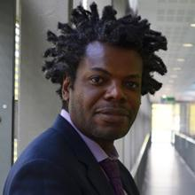 Thumbnail photo of Dr Maxwell Chipulu