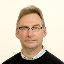 Thumbnail photo of Professor Justin Dix