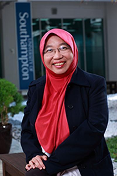 Dr Suhaila Mohd Sanip's photo