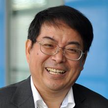 Thumbnail photo of Professor Lianghuo Fan