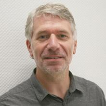 Thumbnail photo of Professor Justin Sheffield