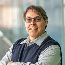Thumbnail photo of Professor Andrew Serdy