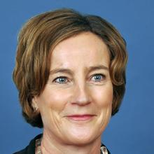 Thumbnail photo of Professor Susan Latter