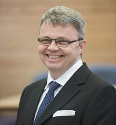 Dr Duncan C Randall's photo