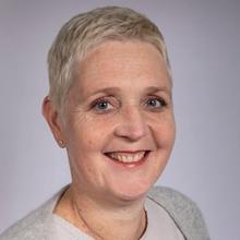 Thumbnail photo of Prof. Lisette Schoonhoven