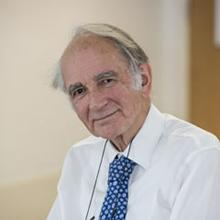 Thumbnail photo of Professor Robert Walker
