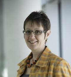 Dr Elisabeth Schröder-Butterfill