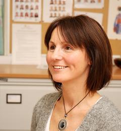 Dr Lorraine E Williams