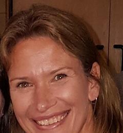 Mrs Lesley Y Turner