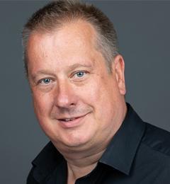 Professor Paul Skipp