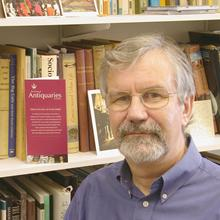 Thumbnail photo of Professor Clive Gamble