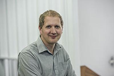 Dr Steven Bell's photo