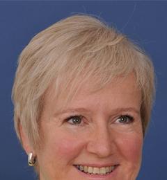 Dr Michelle Denise Cowen